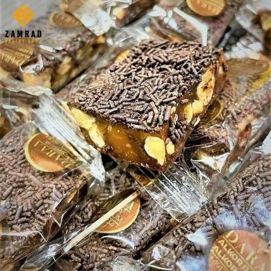 راحة فاخرة بنكهة البندق مغلفة بالفارمسيل بالشوكولا مكفولة صنع ألمانيا -1كغ