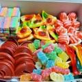 الحلويات والتسالي (أكلات)